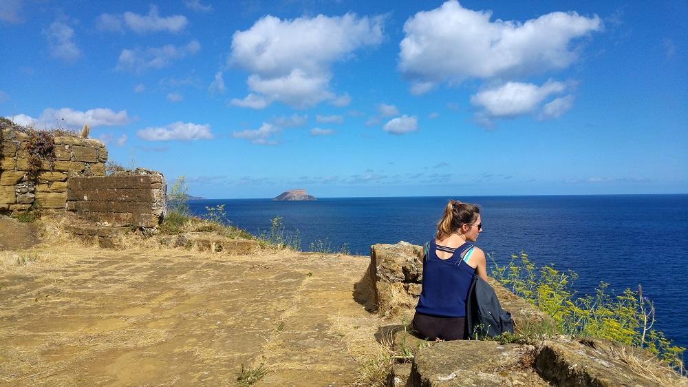 Des vestiges du fort de Monte Brasil